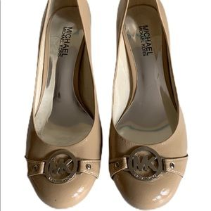 Michael Kors Kitten Heels Size 7.5 Nude Leather
